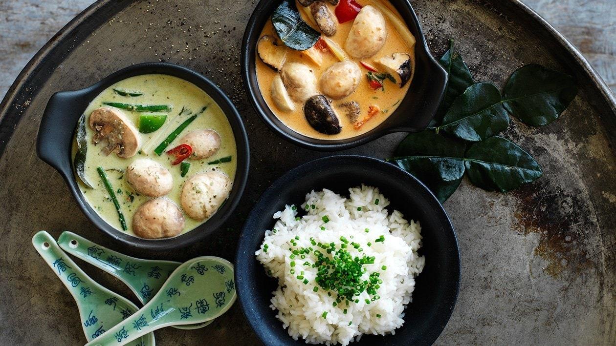 Asiatisk rödcurry med kyckling, fisk, nötkött eller skaldjur