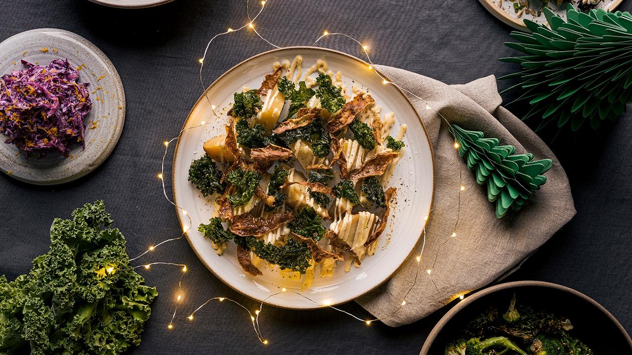 Bakad rotselleri med krispiga skal, grönkål och miso