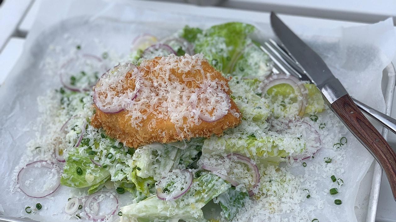 Caesarsallad med friterad kyckling
